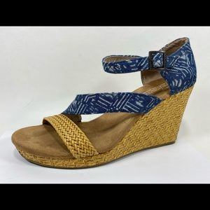 Toms Ankle Strap Sandals Women's 8 Wedge